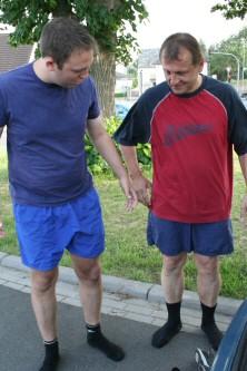Bernd und ich vor dem Wiegen