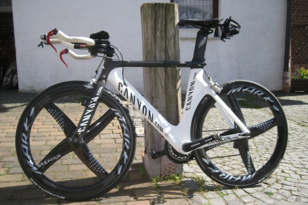 Canyon Speedmax 9.0 mit Xentis Mark 1 TT