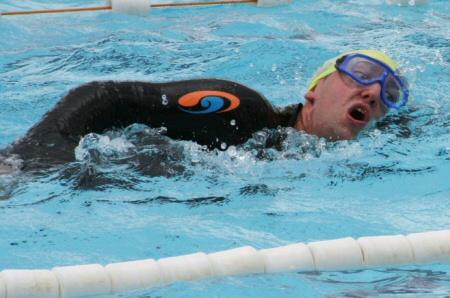 Daniel Rüd beim Triathlon - Schwimmen